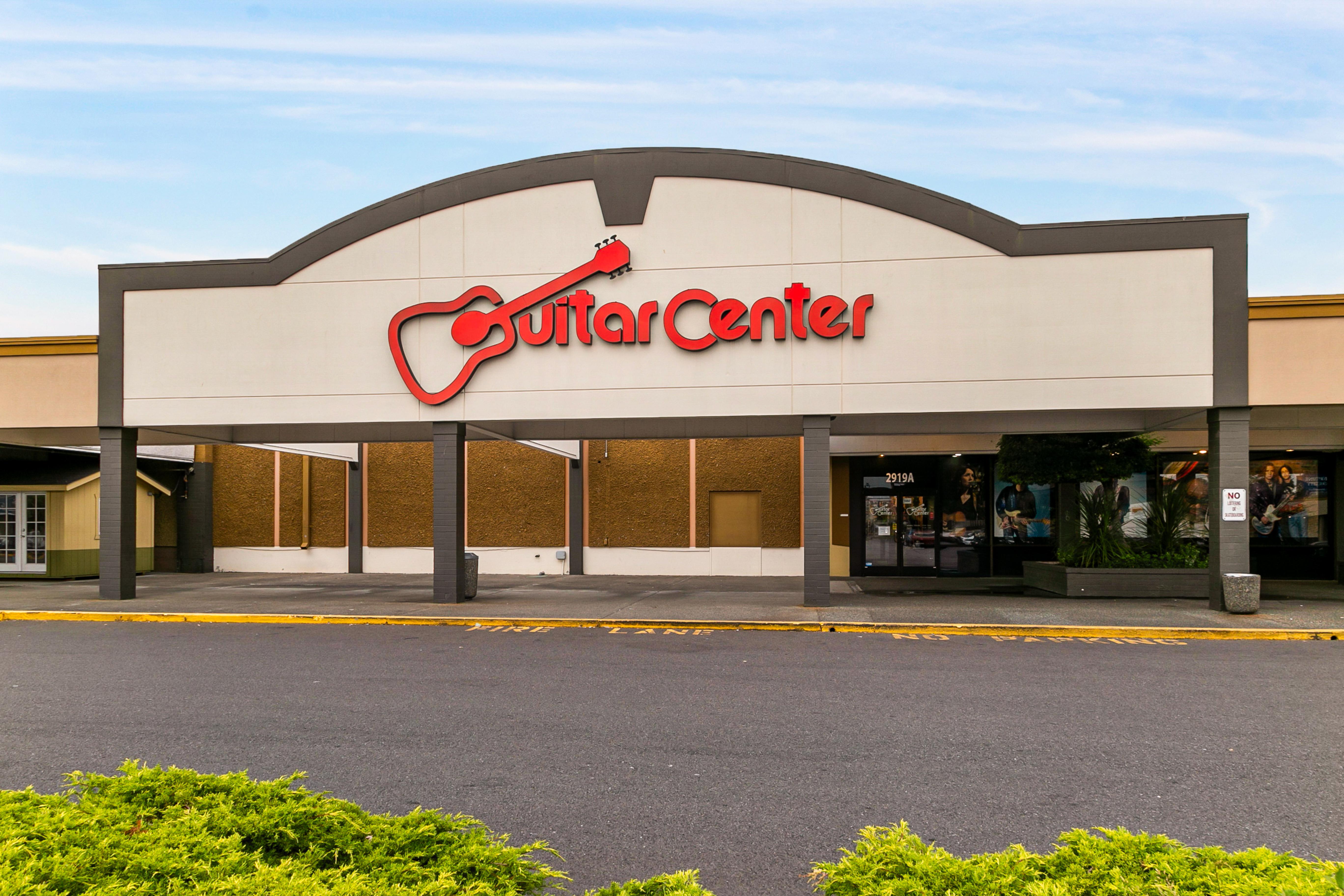 Retail Storefront Guitar Center