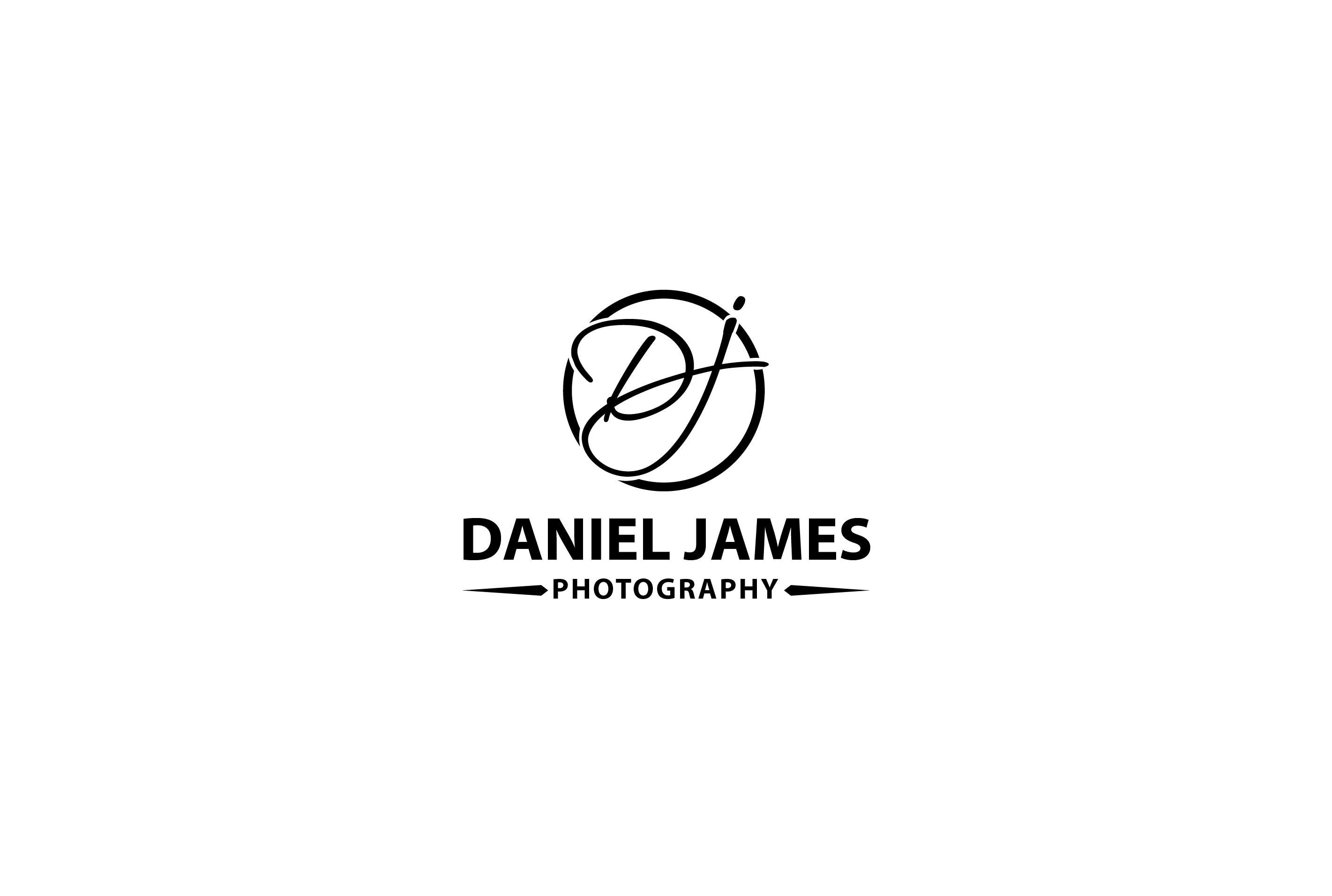 Daniel James Photography logo
